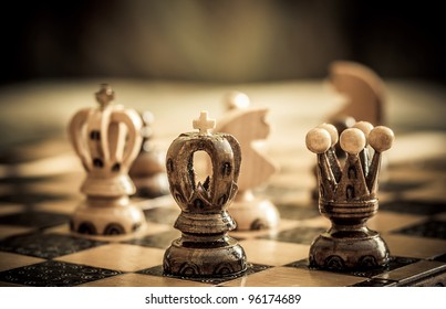 chess with focus to black king and queen