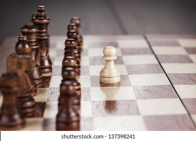 chess leadership concept on the wooden chessboard