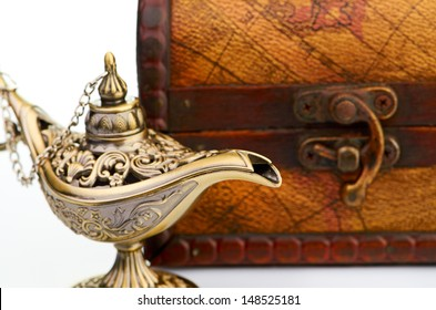 chest and aladin lamp