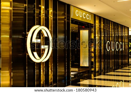 725d8014a8460 CHESTNUT HILL MA MARCH 8 Gucci Stock Photo (Edit Now) 180580943 ...