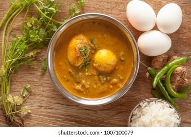 Chettinad muttai kuzhambu is a authentic egg curry from chettinad cuisine.