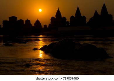 Chhatris or cenotaphs of the Bundela Kings of Orchha. They are located at the kings' cremation sites on the bank of the Betwa River in Orchha. Madhya Pradesh, India