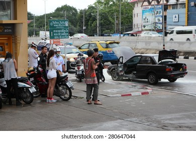 Chiang Mai Province. Sathai fitted May 23-fire accident at 2015, a saloon on the road to 2015 May 23 on the highway. Chiang Mai Province. Thai country.