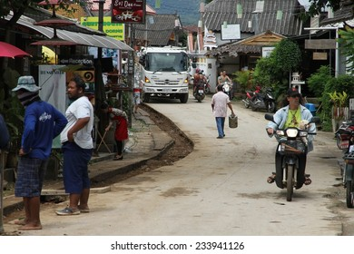 CHIANG MAI, THAILAND - AUGUST 31: A street scape view of the bustling tourist town of Pai, north of Chiang Mai, Thailand on the 31st August, 2014.
