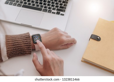 CHIANG MAI, THAILAND -FEB 24, 2019 : close up image of the new apple watch  on women wrist, Chiang Mai, Thailand on Febuary 24, 2019 .