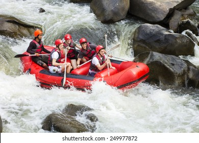 CHIANG MAI, THAILAND - FEBRUARY 3 : White water rafting on the rapids of river Maetang on FEBRUARY 3, 2015 in Chiang Mai, Thailand.  Maetang river is one of the most dangerous rivers of Thailand.