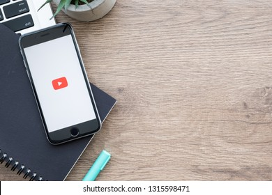 CHIANG MAI, THAILAND - Jan 09, 2019: Youtube application on Appl