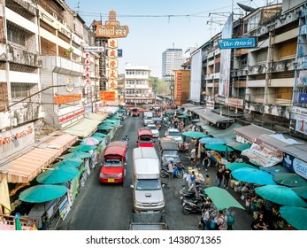 Chiang Mai, Thailand - Mar 17, 2019: People are shopping around Warorot Market in the morning.