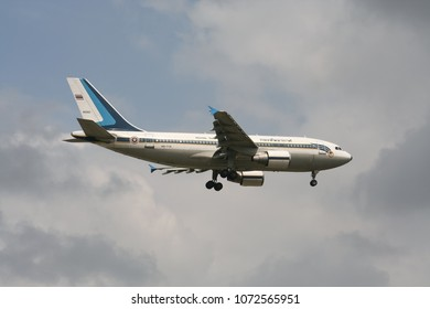 Airbus A310-300 Images, Stock Photos & Vectors | Shutterstock