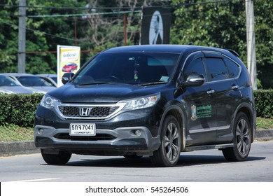 CHIANG MAI, THAILAND - NOVEMBER  13  2016: Private Honda CRV suv car. Photo at road no.121 about 8 km from downtown Chiangmai, thailand.
