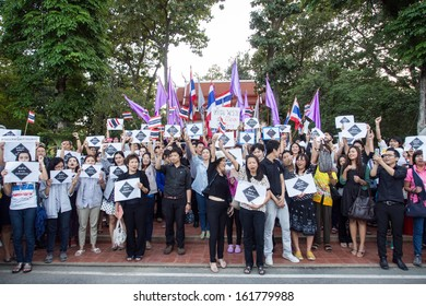 CHIANG MAI THAILAND-NOVEMBER 6 : No Amnesty Bill. People holding signs and calling out to rally against the government at the Chiang Mai University. on November 6,2013 in Chiangmai,Thailand