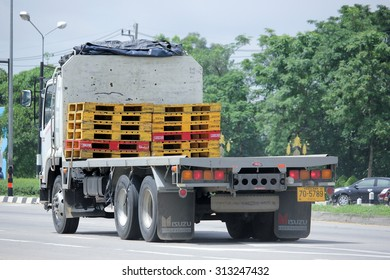 CHIANGMAI, THAILAND -AUGUST 13 2015:  Cargo Truck of Kasem Rung Rhung Transport. Photo at road no 121 about 8 km from downtown Chiangmai, thailand.