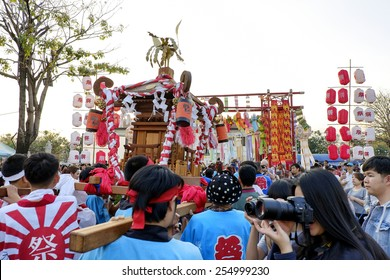 CHIANGMAI THAILAND - FEBRUARY 22 : Lanna - Japan festival 2015. Unidentified Japanese group to join parade and cultural shows for tourists to visit. on February 22 , 2015 in Chiang Mai,Thailand.