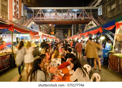 CHIANGMAI THAILAND - JANUARY 29, 2017 : Chinese New Year in Thailand, Unidentified many tourists come to walk in the Chinese new year festival and popular buy food to sit and dinning at Warorot market