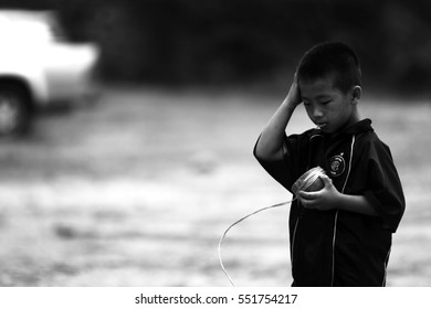 CHIANGMAI, THAILAND - January 7, 2013 : Unidentified tribal children who live in  north of Thailand want education opportunity.