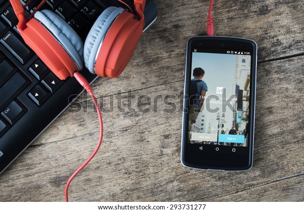 CHIANGMAI, THAILAND -JULY 5, 2015:LG Nexus5 opened to Linkedin app. Linkedin is a social networking website for people in professional occupations.â?¨