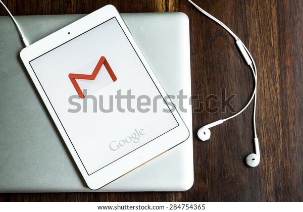 CHIANGMAI, THAILAND -JUNE 05, 2015:Apple iphone 5s displaying Gmail application.