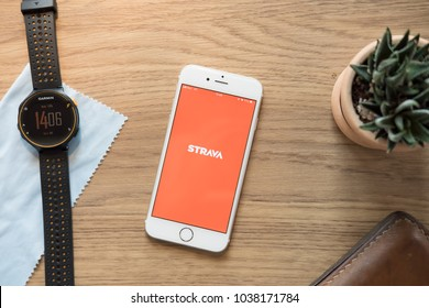 CHIANGMAI THAILAND- Mar 04, 2018 : Modern lifestyle with smartphone to stay fit using favourite Fitness Apps STRAVA. connect millions of runners and cyclists through the sports they love.