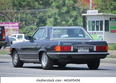 CHIANGMAI, THAILAND -MAY 27 2016: Private old car of Mercedes-Benz 500SL. Photo at road no.1001 about 8 km from downtown Chiangmai, thailand.