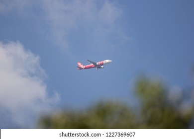 Chiangmai, Thailand - November 8 2018: 9M-AHY Airbus A320-200N Neo of Airasia. Take off from Chiangmai airport to Kuala lumpur, Malaysia.