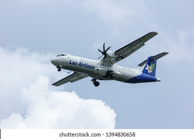 Chiangmai, Thailand - October 2 2012: RDPL-34176 ATR72-500 of Lao Airlines. Flight to Chiang mai from  Luang Prabang.