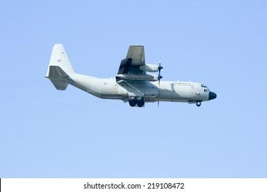 CHIANGMAI , THAILAND-DECEMBER 25 2009 : 60106 C-130 of Royal Thai Air force. Landing to Chiangmai Airport.