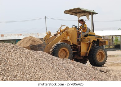 ChiangMai Thailand-May 11, 2015-capacity sand scoop loader. When the 2015 May 11.