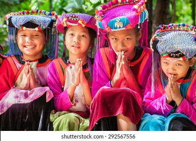 CHIANGMAI, THAILAND-OCTOBER 25, 2009 : Children Hmong People at Chiangdow elephant camp, waiting service the traveler for take photo with them