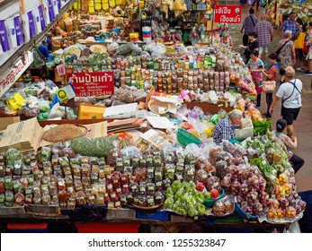 CHIANGMAI,THAILAND - DECEMBER 10, 2018 Warorot Market, locally called Kad Luang, is the one of Chiang Mai's largest market.The place to go to buy cheaper and better quality goods