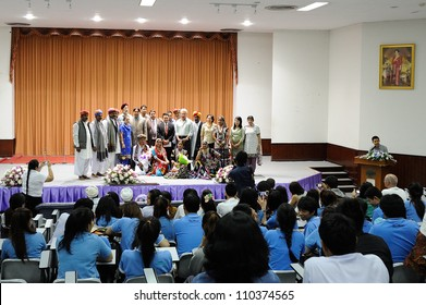 CHIANGMAI,THAILAND-AUGUST 17:Cultural Performance by Folk Artists from Rajasthan.This cultural exchange within the university on August 17,2012 in Chiangmai university,Thailand.