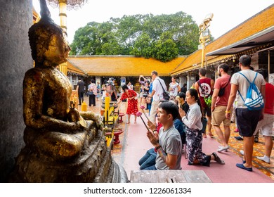 CHIANGMAI,THAILAND-September 1 ,2018: Thai people come to respect buddha statue and wish their life peaceful in Chiangmai Thailand.