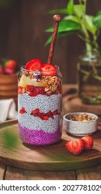 Chiapudding strawberry with blurry background and foreground