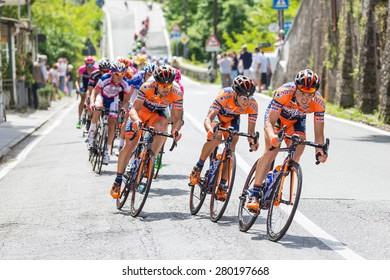 CHIAVARI, ITALY - MAY 12, 2015: Group of cyclists during the 4th stage of Giro d'Italia