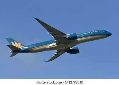 Chiba, Japan - May 18, 2019:Vietnam Airlines Airbus A350-900 (VN-A886) passenger plane.