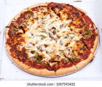 Chicago classic thin crust sausage, mushrooms, green peppers and onion pizza
