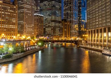 Chicago downtown evening skyline