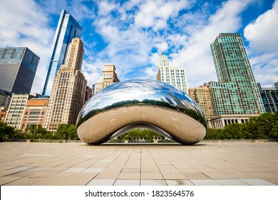 Chicago, IL / USA - 8/28/2020: Famous Cloud Gate Chicago bean landmark at day nobody around in summer