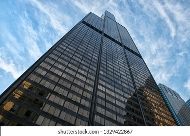 Chicago, Illinois - June 27, 2015: Willis Tower (formerly Sears Tower). Famous 110-story skyscraper that was tallest building in the world 1973-1998.