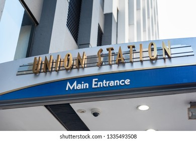 CHICAGO, ILLINOIS - October 13, 2018 : Union Station sign on October 13, 2018 in Chicago, Illinois