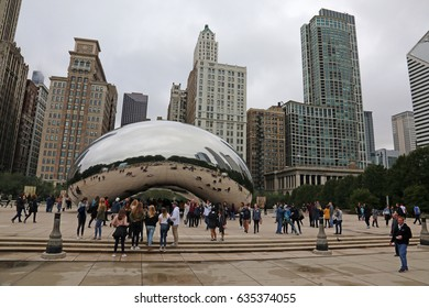 CHICAGO, ILLINOIS - SEPTEMBER 30, 2016: The Cloud Gate Sculpture, commonly referred to as the 'The Bean' located in Millennium Park.