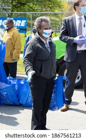 CHICAGO, ILLINOIS UNITED STATES MAY 16, 2020: CHICAGO MAYOR LORI LIGHTFOOT PARTICIPATE WITH A DRIVE THRU FRESH POULTRY GIVEAWAY FAR SOUTH SIDE MARQUETTE PARK 6700 S. KEDZIE DURING HEIGHT OF COVID 19