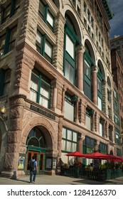 Chicago, Illinois, USA – August 1, 2018: Vertical lateral view of the Fine Arts Building (Studebaker Building) façade at 410 S. Michigan Ave on a sunny day