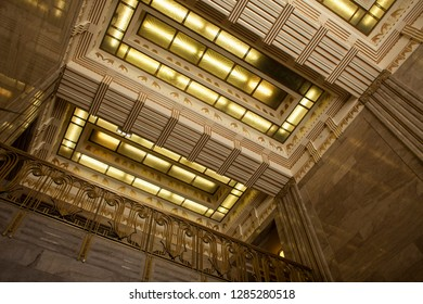 Chicago, Illinois, USA – July 27, 2014: Horizontal view of the beautiful ceiling of the art deco Carbide and Carbon Building, 230 N Michigan Ave