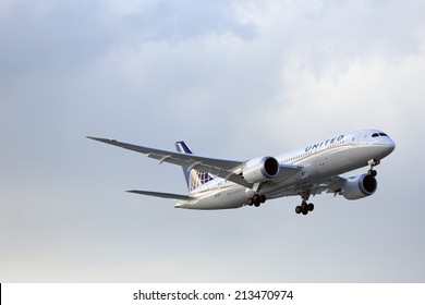 CHICAGO, ILLINOIS / USA - May 21st, 2013: Brand new United Airlines Boeing 787 Dreamliner on final approach to O'Hare International Airport during it's trial passenger flight from Houston, Texas.