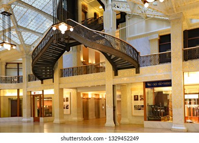 CHICAGO, IL/USA - MARCH 4, 2019:  The interior of the Rookery Building in downtown Chicago.