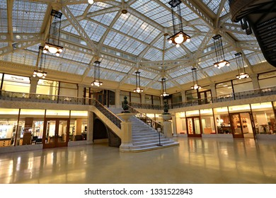 CHICAGO, IL/USA - MARCH 4, 2019:  The interior of the Rookery Building in Chicago, on Lasalle and Adams streets.
