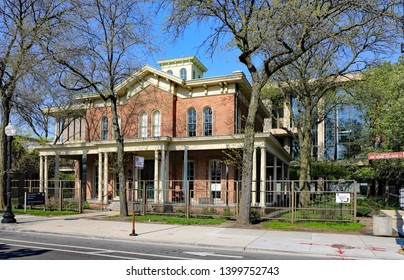 CHICAGO, IL/USA  - MAY 15, 2019:  The Jane Addams Hull House in Chicago, on the UIC campus.