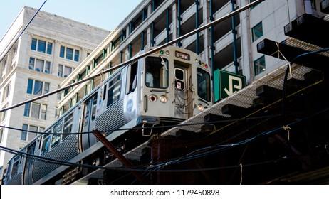 Chicago L-Line overground subway, transport of Illinois.