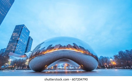 CHICAGO - MARCH 6 2017 : View of the Cloud Gate sculpture in Millennium Park, the sculpture is nicknamed The Bean , designed by British artist Anish Kapoor. CHICAGO - MARCH 6 2017