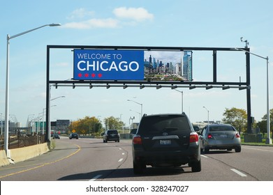 CHICAGO - OCTOBER 10, 2015: Welcome to Chicago sign at the exit from O'Hare International Airport in Chicago
